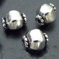 Boutique achat et vente de perles au détail - bijoux médiévaux du moyen age médiéval, costumes, accessoires, décors ethniques, historique et archéologiques