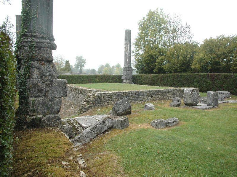 Le temple du musée archéologique de IZERNORE, dans l' ain, ou les Voyageurs du Temps animeront une fête antique galloromaine pour les journées du patrimoine de septembre 2011